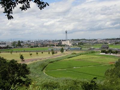 丸墓山古墳頂上からの眺望
